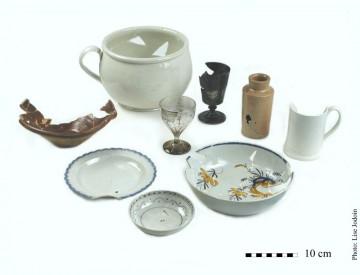 Ensemble d'artefacts prélevés dans l'opération 44